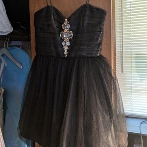 Dresses - Prom/Homecoming/Winter Formal Dress